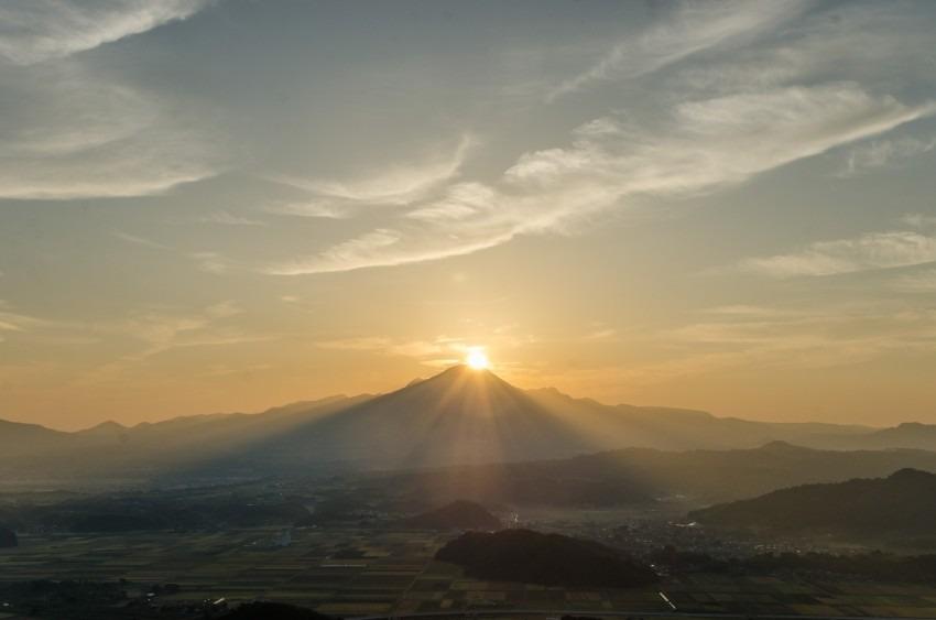 日出ずる大山